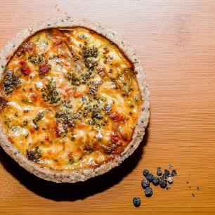 Foto_quiche integral de brocolis com tomate seco